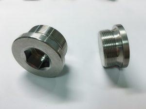 العرف الفولاذ المقاوم للصدأ حلقة الترباس مع حلقة رئيسية SS